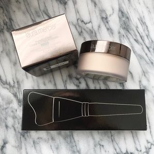 Laura Mercier Glow Powder + Brush- BRAND NEW!!!